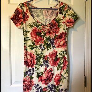 Floral tight mini dress